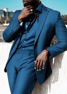 Stand out and stylish wearing your very own custom blue teal blue suit custom designed and made by our stylists at Giorgenti New York. Bespoke Suit, Bespoke Tailoring, Fashion Moda, Blue Fashion, Daily Fashion, Mens Fashion Suits, Mens Suits, Fashion Pants, Latest Suit Trends
