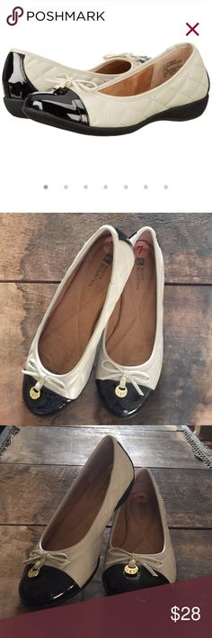 White Mountain Cream Moondance Flats These flats are in like new condition. They have a classy glossy toe with quilted sides. Comfort isn't sacrificed, however as padded insoles and thicker rubber soles make these perfect for those who are always on their feet. White Mountain Shoes Flats & Loafers