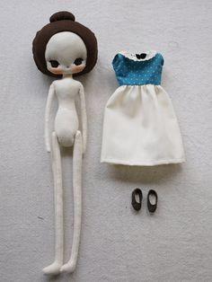 Audrey doll in teal polka dots dress от Evangelione на Etsy Pretty Dolls, Cute Dolls, Doll Crafts, Diy Doll, Fabric Dolls, Paper Dolls, Doll Toys, Baby Dolls, Girl Dolls