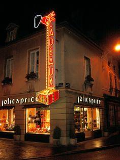 Enseigne lumineuse (publicité de noël) avec éclairage néons et ampoules - Jolicaprice - Dijon - Sodifalux