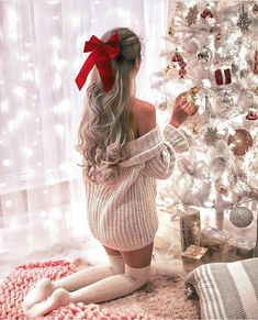 christmas photoshoot The h - Christmas Mood, Pink Christmas, Christmas Photos, Xmas, Christmas Pyjamas, Tumblr Christmas Pictures, Merry Christmas, Holiday Party Outfit, Holiday Outfits