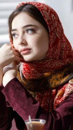 Beautiful Muslim Women, Beautiful Hijab, Beautiful Indian Actress, Cool Girl Pic, Cute Girl Photo, Hijabi Girl, Girl Hijab, Beauty Full Girl, Beauty Women