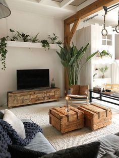 43 Inspirational Modern Living Room Decor Ideas For Small Apartment You Will Like It – Home Design Living Pequeños, Cozy Living Rooms, Living Room Decor, Modern Living, Small Living, Apartment Living, Cozy Apartment, Natural Living, Interior Design Living Room Warm