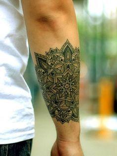Star tattoos on the finger Tree and bird mandala tattoo / Thomas Hooper at Saved Tattoo flower tattoo Hippe Tattoos, Wörter Tattoos, Tatuajes Tattoos, Body Art Tattoos, Sleeve Tattoos, Cool Tattoos, Tatoos, Flower Tattoos, Tribal Tattoos