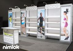 10x20 booth with shelving