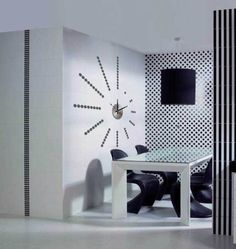 Metal and PVC combine style with effect clock activiated by bettery.decor and function combined. Large White Wall Clock, White Wall Clocks, Wall Clock Sticker, Diy Clock, Mural Art, Small Gifts, Wall Decor, Contemporary, Interior Design