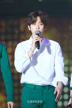 Seoul Music Awards 160114 : Baekhyun (2/4)