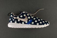 cheap nike shoes,nike free,nike roshe wholesale online sale $21 when Repin Nike NO. 515.