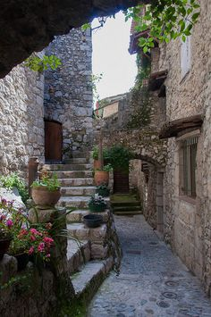 winding streets in the medieval town of Peillon, France.