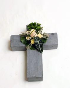 Funeral, Floating Shelves, Vase, Artist, Ideas, Home Decor, Decoration Home, Wall Mounted Shelves, Flower Vases
