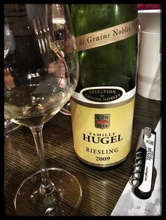 Score 95/100 Wine review, tasting notes 2009 Hugel Riesling SGN, Alsace, France. Description aroma profile, palate sensations, flavors. Join the experience.