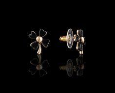 Good Luck Clover Noir Earrings - $20 http://www.muwae.com/shop/good-luck-clover-noir-earrings