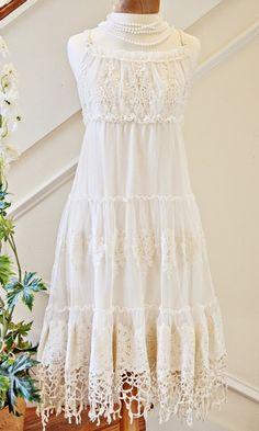 Women's Shabby Chic Ivory Lace Dress