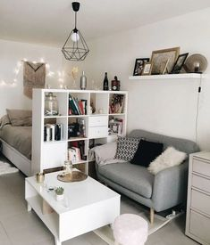 Ideas small apartment furniture ideas interior design for 2019 Small Apartment Living, Small Living Rooms, Living Room Decor, Furniture For Small Apartments, Decorating Small Apartments, Small Apartment Layout, One Room Apartment, Small Apartment Interior, Apartment Goals