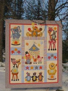 Tilkkutaiwas - Patchwork heaven: Sirkus-vauvanpeite - Circus baby quilt