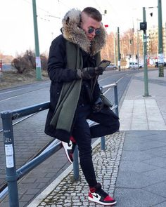 Bred Toe's in Berlin Shearling Coat, Fur Coat, Mens Fur, Fur Collars, Furs, Men's Collection, Canada Goose Jackets, Parka, Winter Jackets