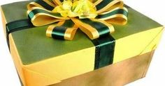 How to Make a Simple Gift Box Gift Boxes With Lids, Box With Lid, Simple Gifts, Make It Simple, Gift Certificates, Cool Gadgets, Fathers Day, Decorative Boxes, Paper Crafts