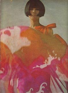 Vogue 1966 Repinned by www.fashion.net