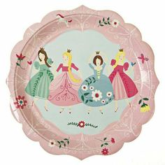 Meri Meri Party Plates, I'm A Princess - Large: Four pretty princesses adorn this party plate all wearing their best ball gowns. The plate is also decorated with floral patterns and has a scallop-style edge. Pack contains 12 plates. Princess Party Supplies, Princess Theme Party, Im A Princess, Princess Birthday, Party Plates, Party Tableware, Babyshower Party, Party Girlande, Online Party Supplies