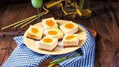 Krehký tvarožník s marhuľami | Recepty.sk Cornbread, Cereal, Recipies, Breakfast, Ethnic Recipes, Food, Mascarpone, Millet Bread, Recipes