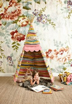 Spring Preschool Classroom Ideas: DIY Reading Tipi Tent Made with Woven Fabric Remnant Strips. Diy For Kids, Crafts For Kids, Diy Crafts, Deco Kids, Blog Deco, Kid Spaces, Girl Room, Kids Playing, Kids Bedroom