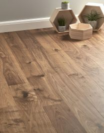 Fantastic Totally Free walnut Laminate Flooring Strategies Many homeowners love the good looks with hardwood flooring, because they put top quality in addition to price . Walnut Floors, Engineered Wood Floors, Black Wood Floors, Rustic Wood Floors, Vinyl Plank Flooring, Wooden Flooring, Flooring Ideas, Solid Hardwood Flooring, Hardwood Floor Stain Colors