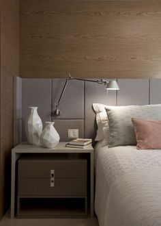 Are you starting a new home decor project or simply want to redecorate for the new season? Let yourself be inspired by these 20 luxurious bedroom design ideas you will want to copy! Living Room Bedroom, Home Bedroom, Bedroom Decor, Night Bedroom, Master Bedrooms, Bohemian Style Bedrooms, Minimalist Bedroom, Luxurious Bedrooms, Luxury Bedrooms
