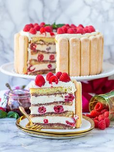 Raspberry Tiramisu, Raspberry Cake, Tiramisu Cake, Raspberry Desserts, Easy Sponge Cake Recipe, Sponge Cake Recipes, Easy Cake Recipes, Cookie Recipes, Donuts