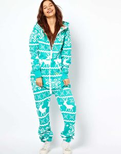 Love the onepiece OnePiece Lillehammer Onesie on Wantering. Cool Onesies, Cute Pjs, Onesie Pajamas, Clothing Items, Lounge Wear, Winter Fashion, Holiday Fashion, Winter Outfits, One Piece
