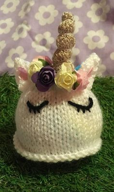 Hand knitted unicorn cover to fit a chocolate orange or large bath bombs. Unicorn Egg, Unicorn Bath Bombs, Cute Unicorn, Knitting Designs, Knitting Patterns Free, Free Knitting, Knitting Ideas, Snail Craft, Sally Brown