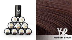 Yx2-hiustuuhennetta on saatavana 9 eri värisävyä, kuten tämä keskiruskea (Medium Brown) sävy. Voit käyttää myös eri sävy-yhdistelmiä, jolloin löydät tarvittaessa juuri oikean sävyn. Yx2-tuotteet löydät: www.yx2.fi/kauppa #yx2 #hiustuuhenne #sävy #color #mediumbrown #keskiruskea