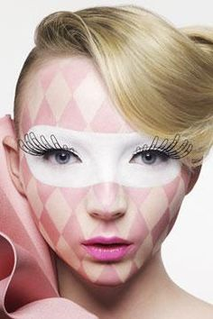 paper clip lashes!   #circus #lashes