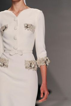 View all the detailed photos of the Georges Hobeika haute couture spring 2015 showing at Paris fashion week. Read the article to see the full gallery. Elegant Dresses, Beautiful Dresses, Fashion Details, Fashion Design, Fashion Trends, Couture Details, Mode Chanel, High Fashion, Womens Fashion