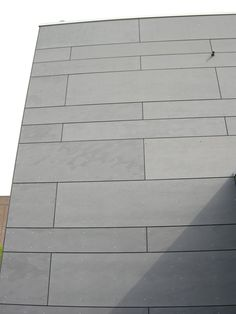 This is a great Fiber Cement Horizontal Panel that could be installed vertically as well. Rainscreen Cladding, House Cladding, Metal Cladding, House Siding, Wall Cladding, Facade House, Fibre Cement Cladding, Fiber Cement Siding, Cement Walls