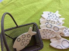 Jolis poissons porte-couteaux originaux pièces uniques en céramique, faïence
