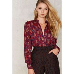 Vintage Yves Saint Laurent Paisley Silk Blouse (44025 DZD) ❤ liked on Polyvore featuring tops, blouses, silk blouses, relaxed fit tops, vintage silk blouse, vintage tops and fitted blouse