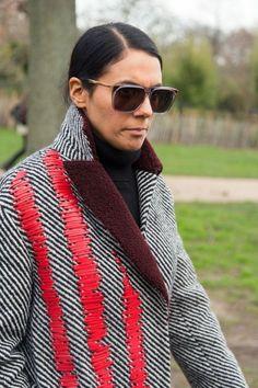 Ideas fashion week street style london jackets for 2019 Fashion Details, Fashion Design, Embroidery Fashion, Textiles, Street Style Summer, Summer Shirts, Jacket Style, Coats For Women, Trendy Fashion