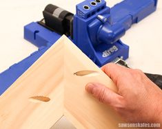Your Kreg Jig is probably one of the tools you use the most, but did you know there are four common pocket hole joints? Grab your Kreg screws and let's review the joints, learn how to make each joint and how to use the joints for building DIY projects. #kregjig #woodworkingtips #pocketholes #woodworkingideas Woodworking Software, Woodworking Store, Woodworking Joints, Learn Woodworking, Popular Woodworking, Woodworking Videos, Woodworking Furniture, Woodworking Projects Plans, Diy Furniture