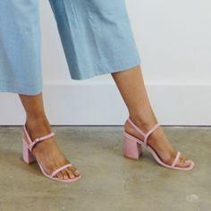 Rafa. The Simple Sandal. Peony