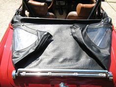 Folding your top: a primer : MG Midget Forum (I need the pictures to do this correctly on my much cuter MGB)