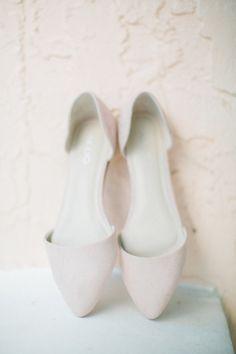 Flats: http://www.stylemepretty.com/little-black-book-blog/2015/01/30/classically-elegant-avila-country-club-wedding/   Photography: Jacqui Cole - http://jacquicole.com/