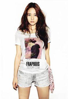 Krystal Jung from F(X)! Love this group! Krystal Fx, Jessica & Krystal, South Korean Girls, Korean Girl Groups, Krystal Jung Fashion, Female Actresses, Korean Actresses, Kpop Girls, Korean Fashion