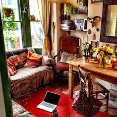 Lapping up the beautiful spring evening light in my front room- trying to chase away a lingering buggy thing- still it's a lovely space to convalesce ! by goddessofxanadu, via Flickr