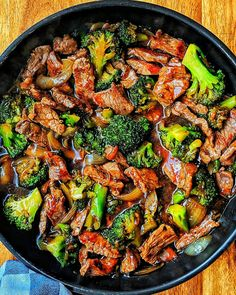 Beef and Broccoli - Rezepte - Kochrezepte - Kochen - Instakoch.de - Beef and Broccoli – Rezepte – Kochrezepte – Kochen – Instakoch. Easy Beef And Broccoli, Broccoli Recipes, Chicken Recipes, Healthy Breakfast Recipes, Vegetarian Recipes, Cooking Recipes, Healthy Recipes, Cooking Beef, Beef Recipe Instant Pot