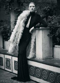 Vlada Roslyakova | Bruno Staub | Harper's Bazaar Spain September 2012 | Jardin de Otono