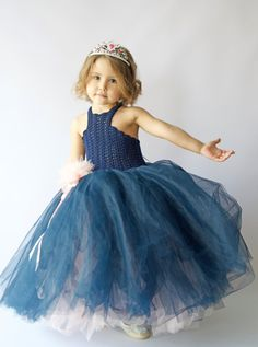 Etsy Color: navy crochet bodice,slightly different navy upper layer tulle, blush pink second layer tulle skirt. Size : 3 T Tutus For Girls, Girls Dresses, Flower Girl Dresses, Baby Dresses, Crochet Girls, Crochet For Kids, Robes Tutu, Puffy Dresses, Crochet Barbie Clothes