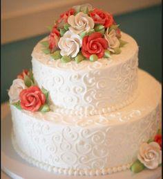 icing detail white wedding cake