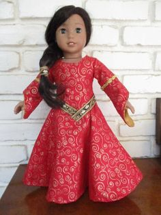 LADY IN Red Medieval Gown for American Doll and Other 18 Inch Dolls allamericangirl American Girl Crafts, American Girl Clothes, Princess Outfits, Girl Outfits, Doll Costume, Girl Costumes, Halloween Costumes, Doll Fancy Dress, Gold Gown