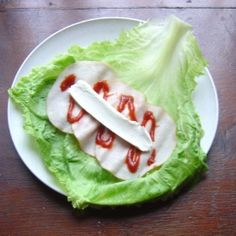 Healthy snacking? Try this! Going to try lettuce wraps instead of bread for sandwiches.