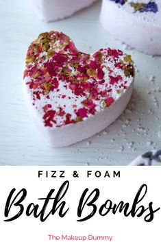 Diy bath bombs rose how to make best ideas Lush, Bubble Bath Bomb, Homemade Bath Bombs, Bath Bomb Recipes, Soap Recipes, Do It Yourself Crafts, Beauty Recipe, Mason Jar Diy, Summer Crafts